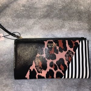 NEW!! Victoria Secret wristlet/wallet